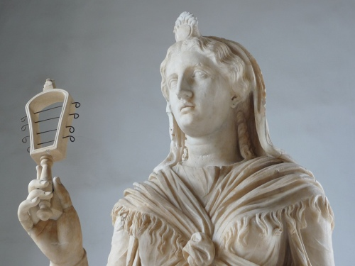 isis with sistrum